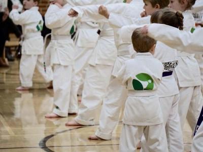 Martial arts children in uniforms - martial arts swindon sma